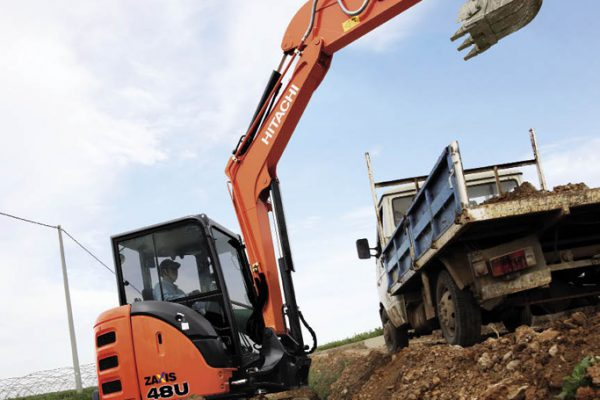 Delvator_Hitachi_ZX48U-6_mini-excavator_03